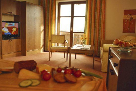 Landhaus Oberlehen - Ferienwohnung für 2 - 4 Personen - Abtenau