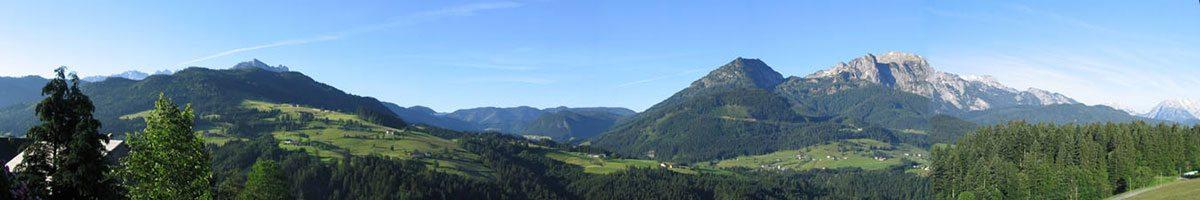Landhaus Oberlehen - Blick vom Balkon ins Salzburger Land