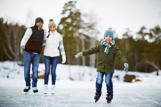 Winterurlaub in Abtenau - Landhaus Oberlehen - Eislaufen