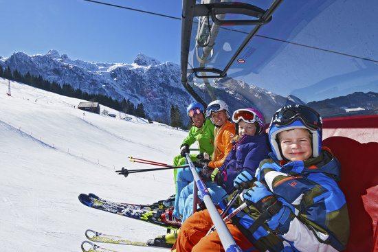 Winterurlaub in Abtenau - Landhaus Oberlehen - Skifahren